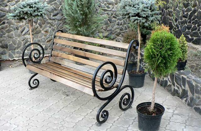 Кованые скамейки для сада купить