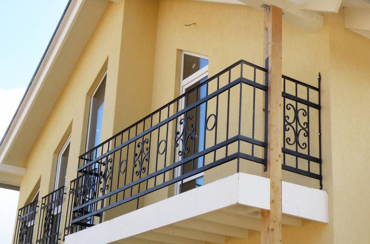 Дизайн ограждения балконов.
